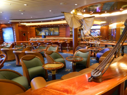 Navigator of the Seas:  Schooner Bar