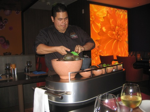 Navigator of the Seas: Sabor, tableside guacamole preparation