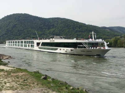 Scenic Jasper with Scenic River Cruises