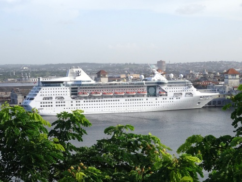 Empress of the Seas docked in Havana