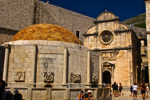 CE Share Susan B Croatia 39 Dubrovnik - Onofrio's Fountain