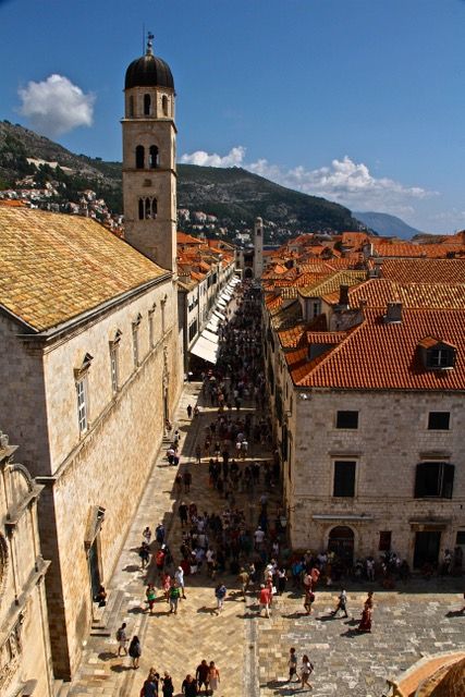 CE Share Susan B Croatia 45 Dubrovnik - Stradun from above